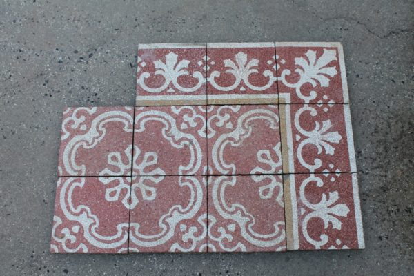 Antique pink and white grit floor