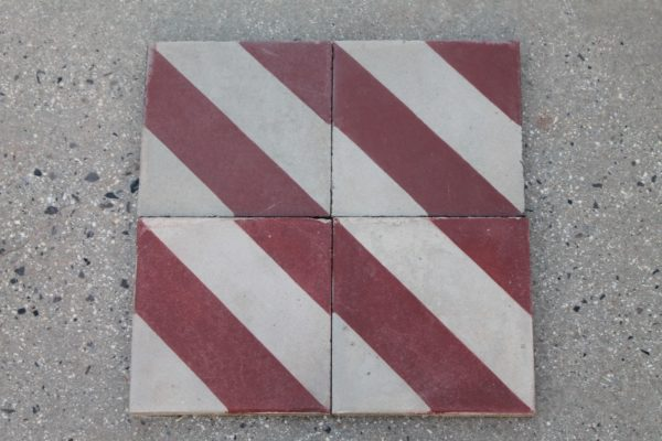 Floor in pastina with red and white stripesFloor in pastina with red and white stripes