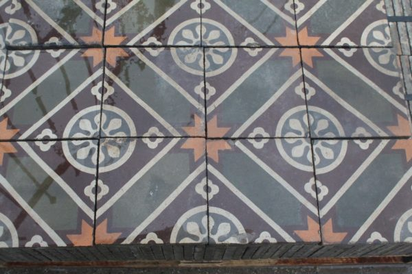 Pastina floor with special geometric design